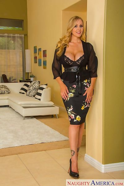 American female Julia Ann..