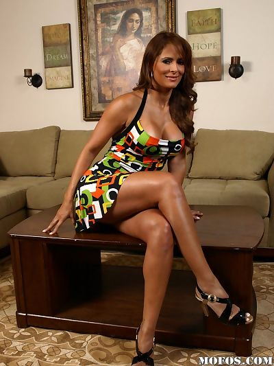 Milf Latina babe Monique..